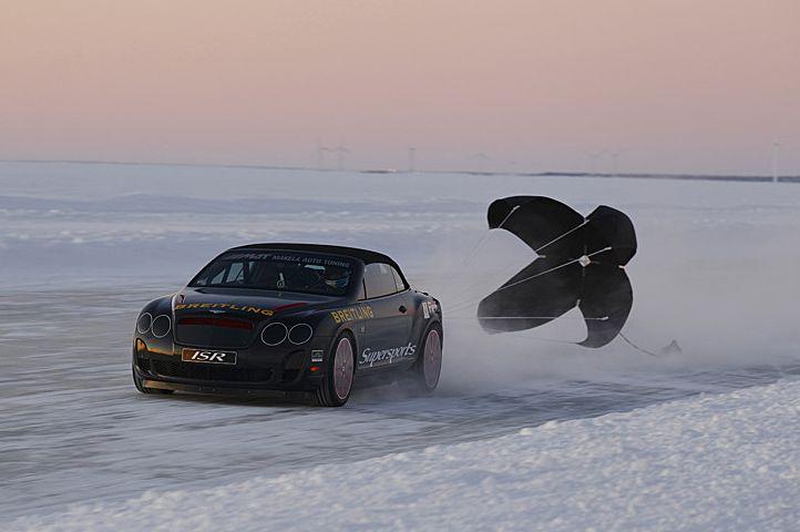 Najszybszy samochód nalodzie – rekord Guinessa