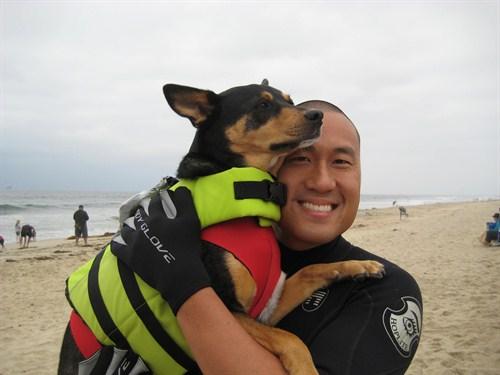Surfujący pies - rekord Guinessa