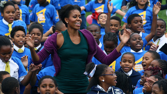Michelle Obama pobija rekord Guinessa skacząc pajacyki