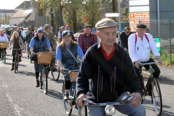 Największy zlot starodawnych rowerów - rekord Guinessa