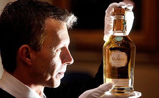 Najdroższa butelka Whisky