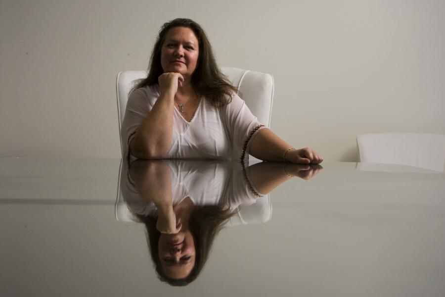 http://rekordyguinessa.pl/wp-content/uploads/2012/05/najbogatsza-kobieta-na-swiecie.jpg