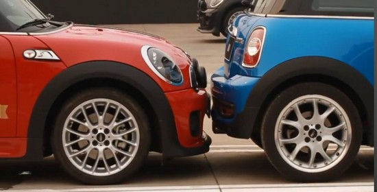 Ciasne parkowanie? Rekordy Guinessa pokażą jak tosię robi