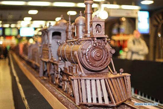 Najdłuższy pociąg zczekolady
