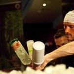 Robienie drinków naczas – najszybszy barman