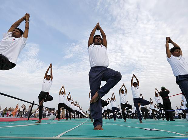 Największa lekcja jogi - rekord Guinnessa