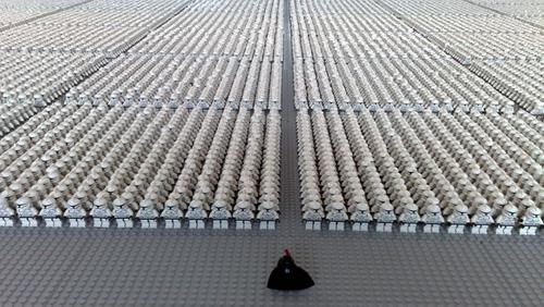 Największa wystawa żołnierzy - klonów