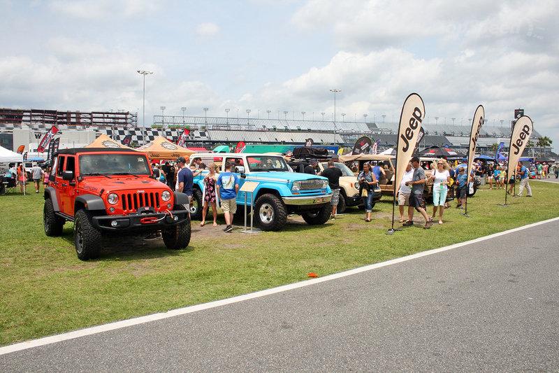 Największa parada jeepów