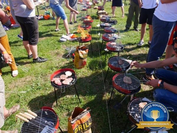 rekord w grillowaniu - Dolina Charlotty