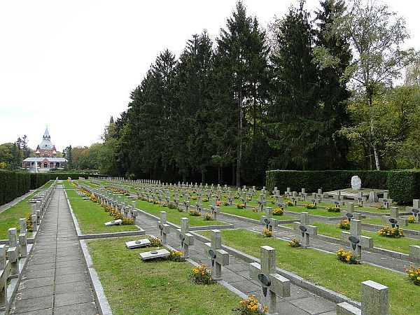 Największy cmentarz - rekord Polski
