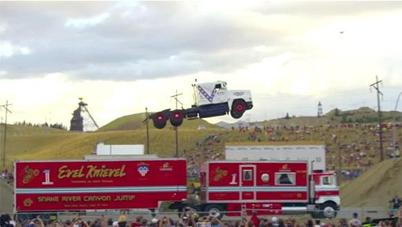 Najdłuższy skok samochodem ciężarowym - rekord Guinnessa