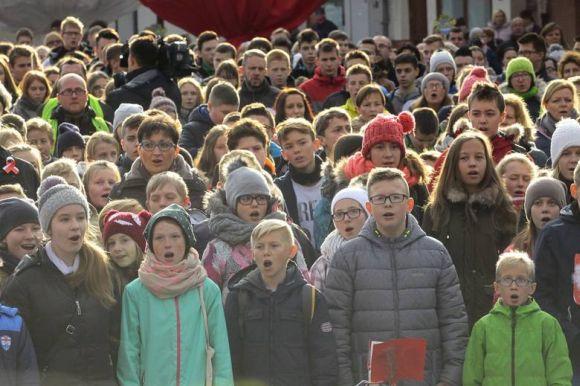Najwięcej osób śpiewających hymn Polski jednocześnie - Rekord Polski