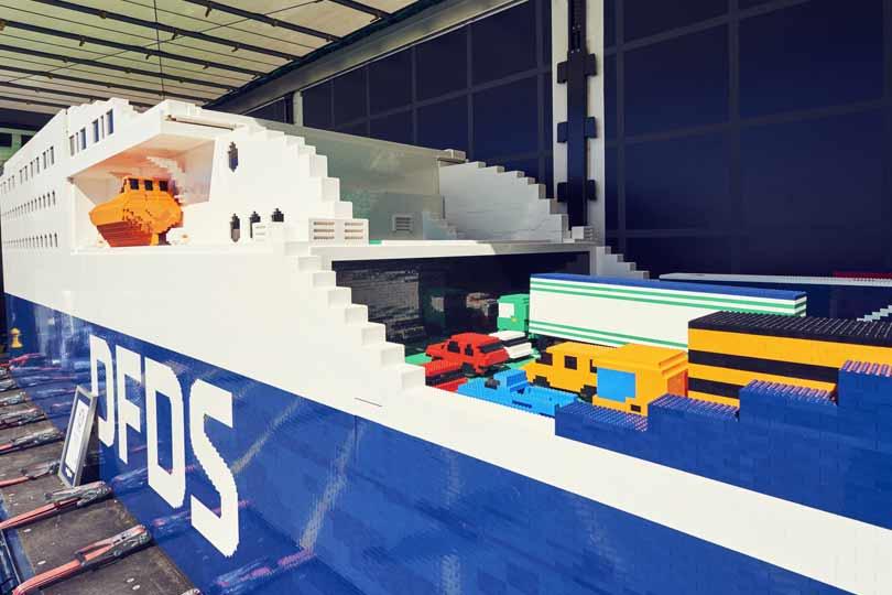 Rekord Guinnessa - największy statek LEGO