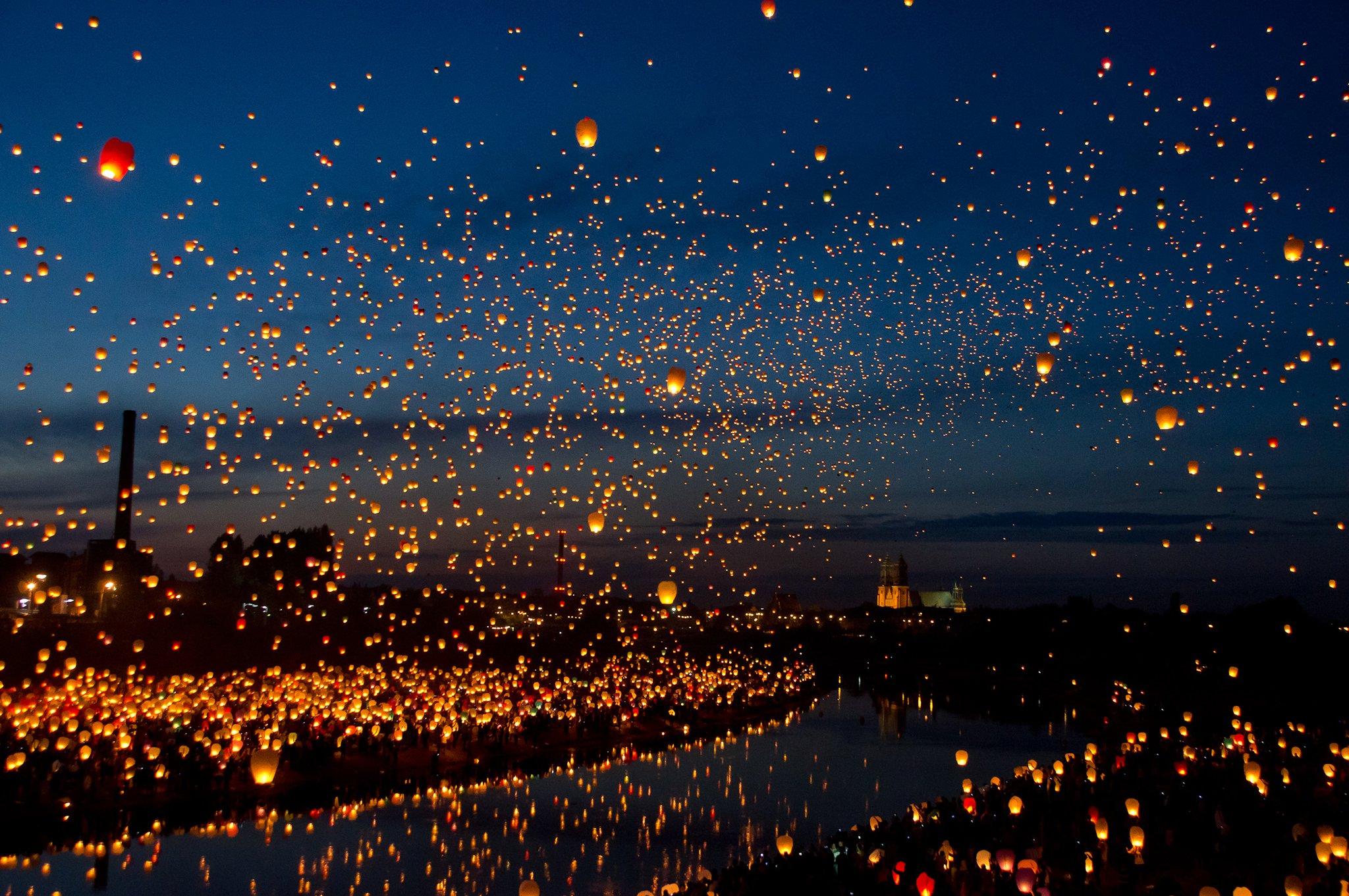 Latające lampiony w Poznaniu