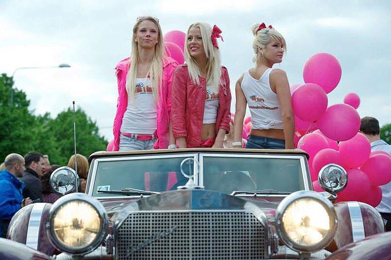 Największa parada blondynek