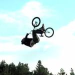 Pierwsze potrójne salto w tył na rowerze