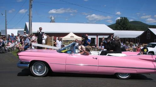 Najdłuższa parada Cadillaców – rekord Guinessa