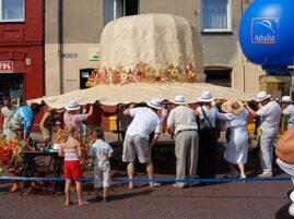 Rekord Guinessa na największy słomkowy kapelusz