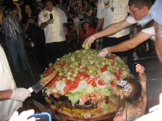 Największy hamburger dostępny w menu