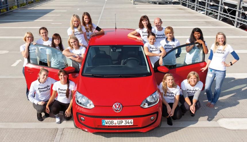 Najwięcej ludzi upchniętych w Volkswagenie