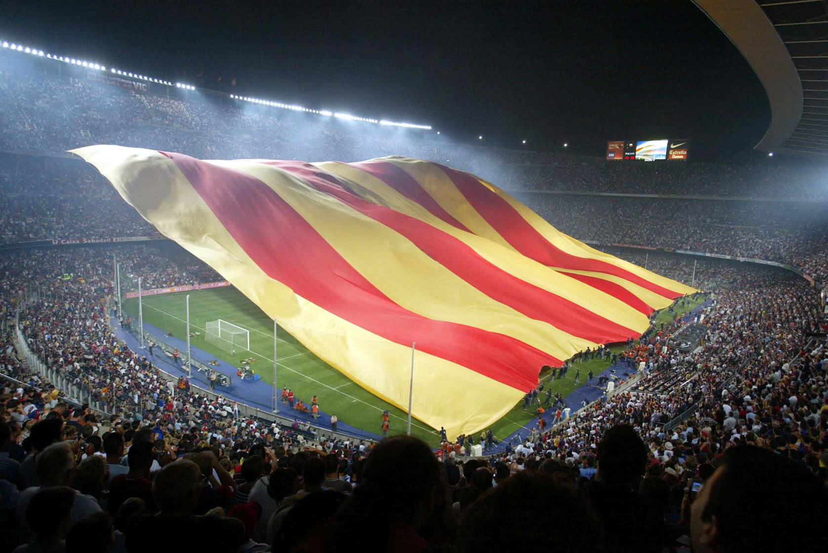 Największa flaga na stadionie