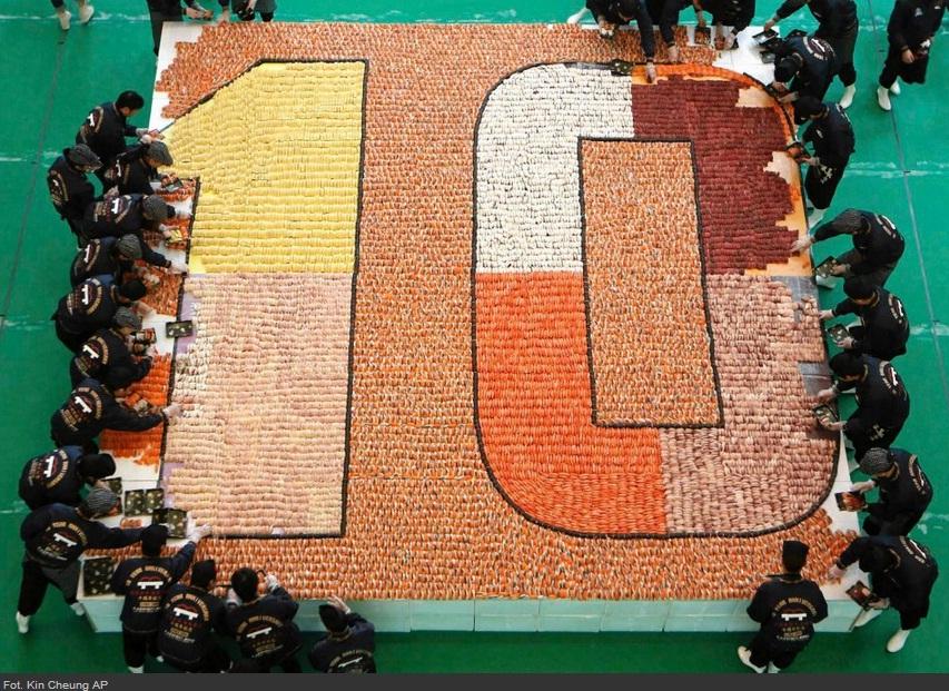 Największa mozaika zsushi