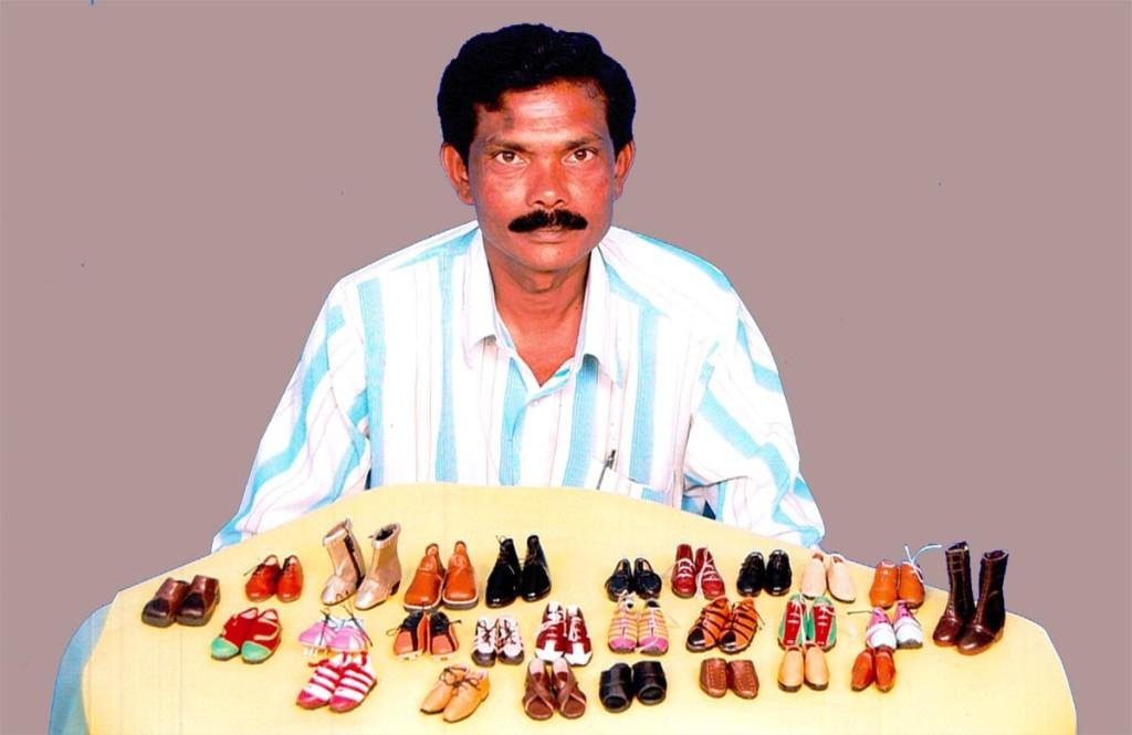 kolekcja miniaturowych butów