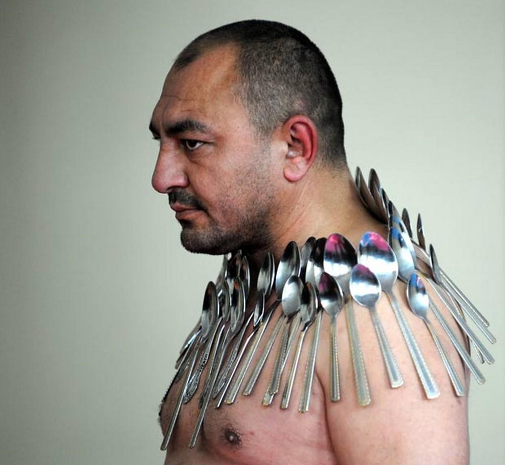 Człowiek magnes - rekord Guinessa