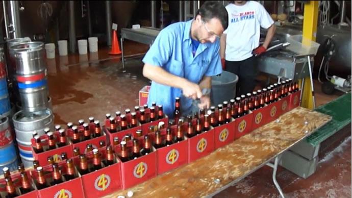 Otwieranie piwa naczas – rekord Guinessa