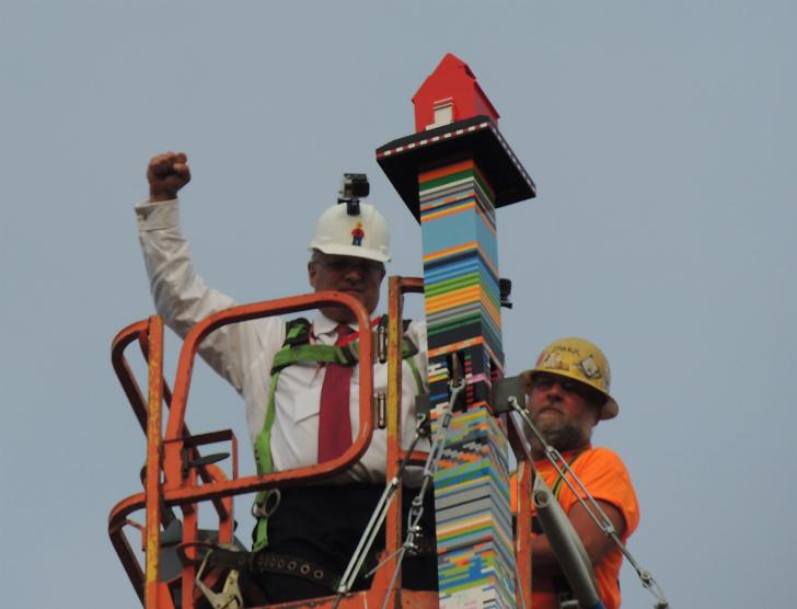 Najwyższa wieża zklocków