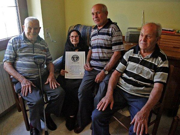 Najstarsza rodzina naświecie - rekord Guinessa