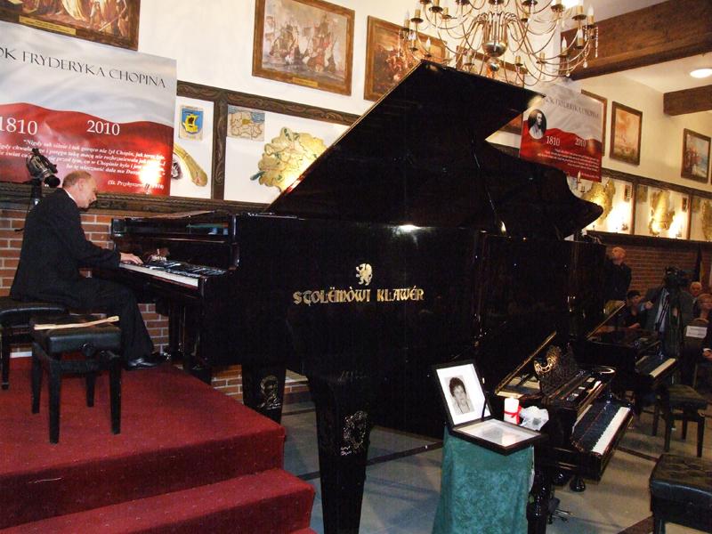 Największy fortepian naświecie – polski rekord Guinessa
