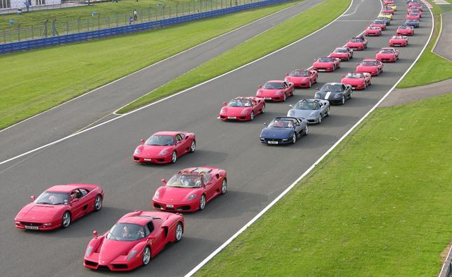 Największa parada Ferrari