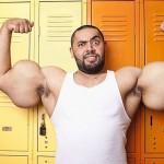 Największy biceps świata