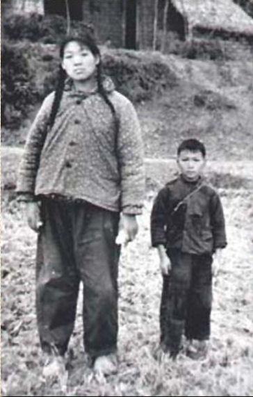 rekordowo wysoka kobieta
