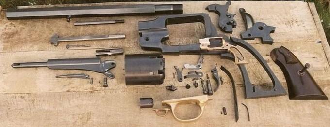 Największy pistolet - Polska
