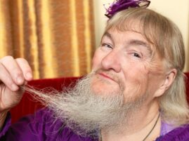 Kobieta z najdłuższą brodą - rekord Guinessa