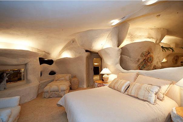 Dom Flinstonów - najdziwniejsze domy świata
