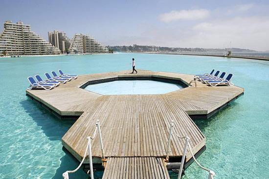 Największy basen naświecie