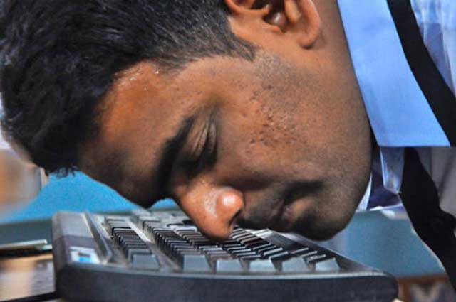 Rekord w pisaniu na klawiaturze nosem