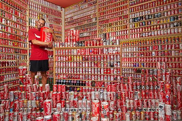 Największa kolekcja puszek Coca Cola