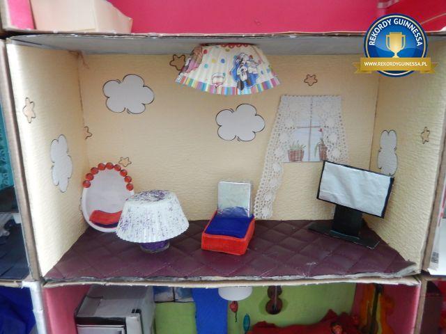 Największy domek dla lalek - rekord Polski