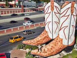 Największy pomnik butów kowbojskich
