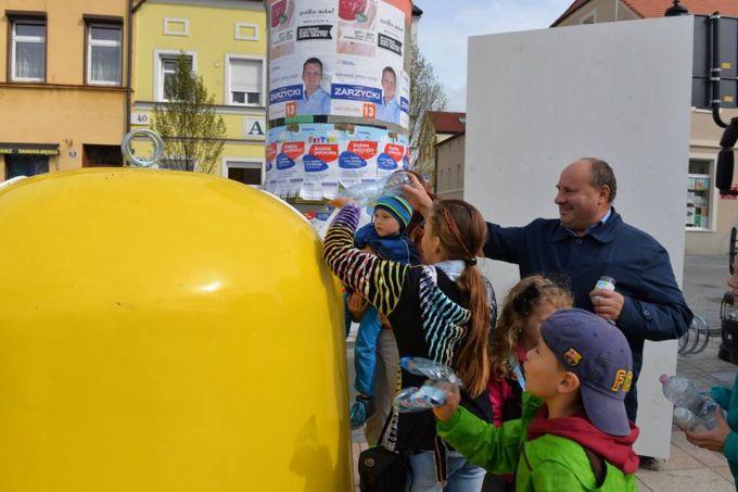 Najwięcej osób segregujących odpady - rekord Polski
