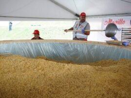 Największa miska makaronu