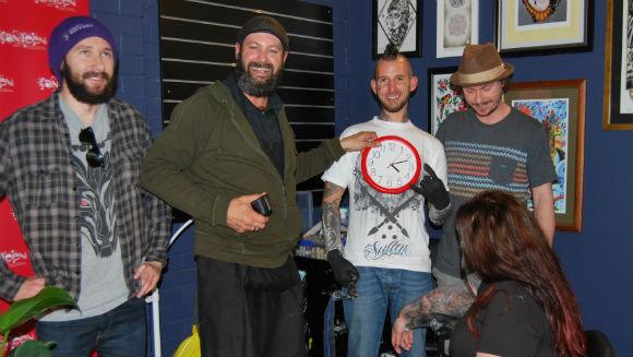 Najdłuższa sesja tatuażu - rekord Guinnessa