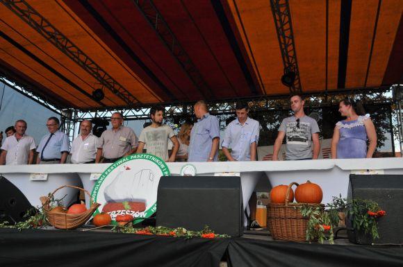 Ostrzeszów - Rekord Polski wjedzeniu babeczek