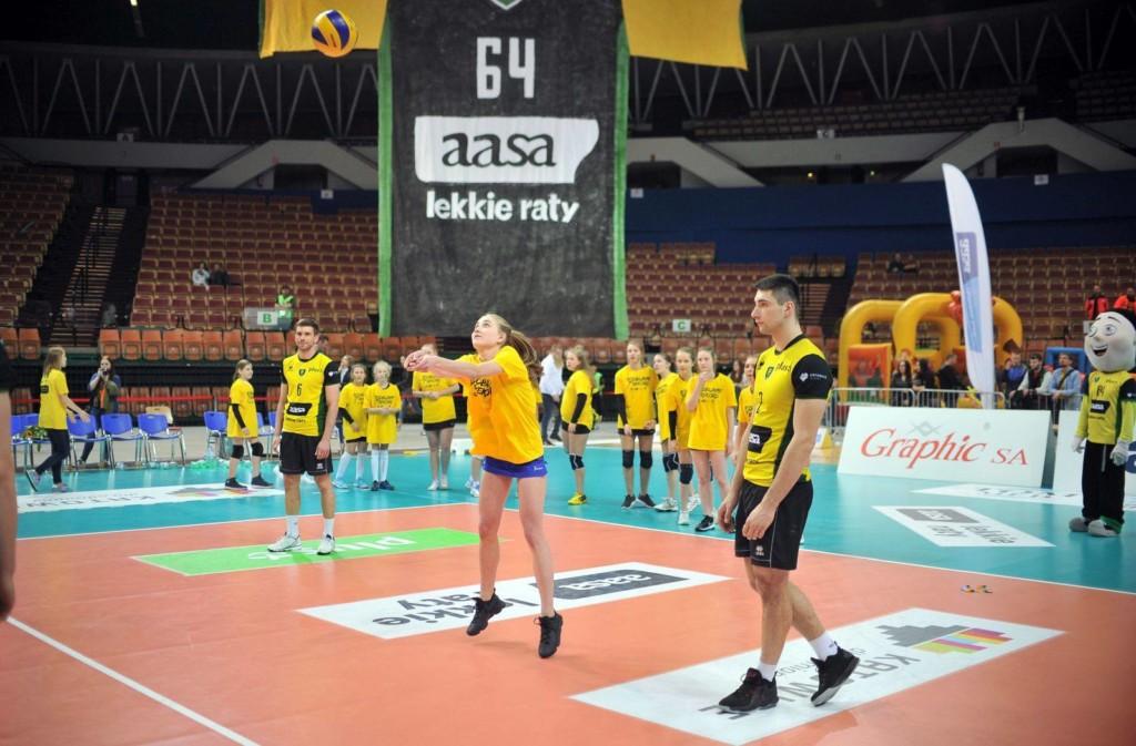 Podbijanie piłki siatkowej - Rekord - Katowice