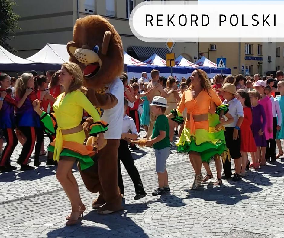 Najwięcej osób tańczących lambadę - Rekord Polski