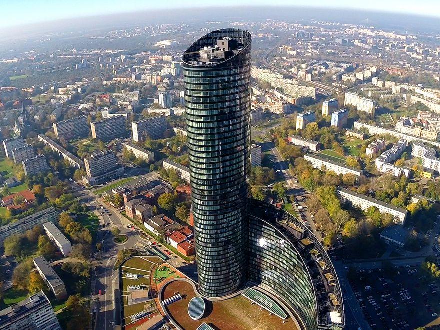 Sky Tower weWrocławiu